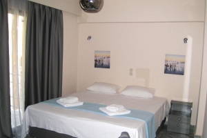 Gallery, Enalion beach hotel: Paralio Astros hotels beach rooms